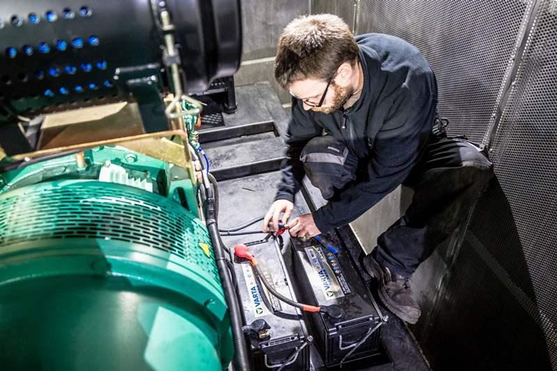 Idéale pour des besoins ponctuels ou permanents, cette solution permet l'installation et l'utilisation en un temps record de votre groupe électrogène conteneurisé. Groupe électrogène conteneurisé GELEC ENERGY