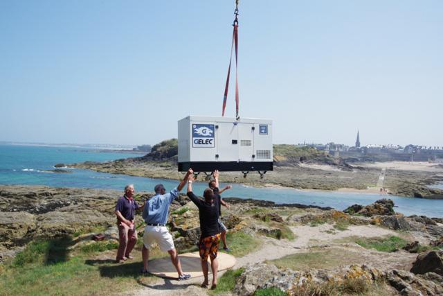 FORT SUR ILE - Production d'électricité - Groupe électrogène Fort du Petit Bé 2013