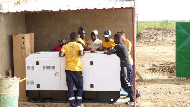station pompage eau afrique Installation hybride - africa water pump - Installation hybride station de pompage d'eau Afrique